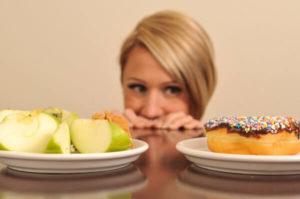 При запахе ацетона изо рта требуется соблюдение диеты