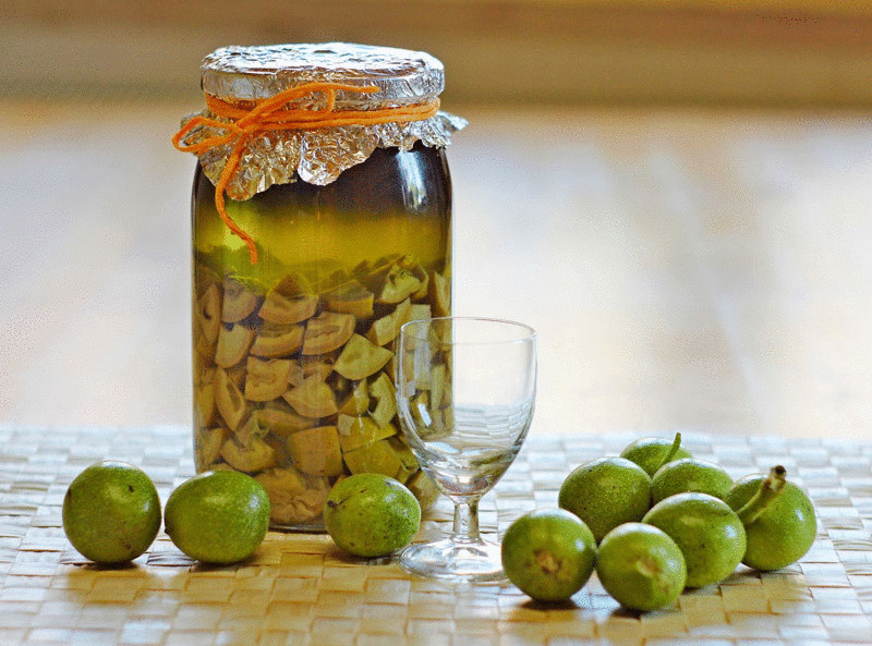 Настойка на грецких орехах от глистов