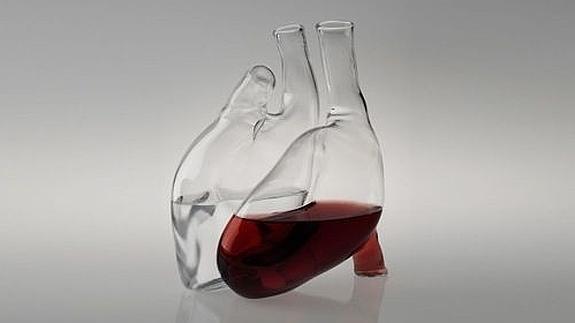 Почему болит сердце после алкоголя? Как успокоить сердце после приема алкоголя