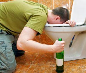 Рвота с кровью после алкоголя