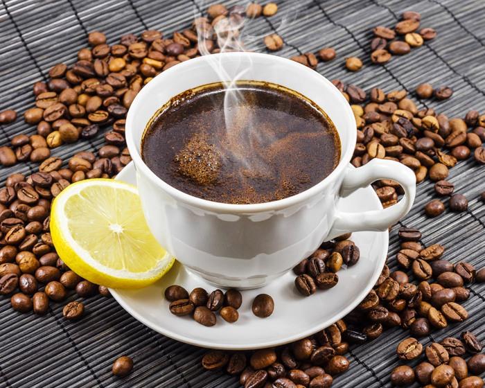 Кофе с лимоном и коньяком