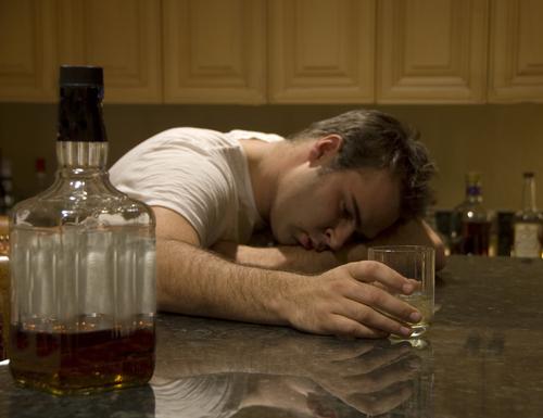 Алкоголизм куда обращаться и что делать