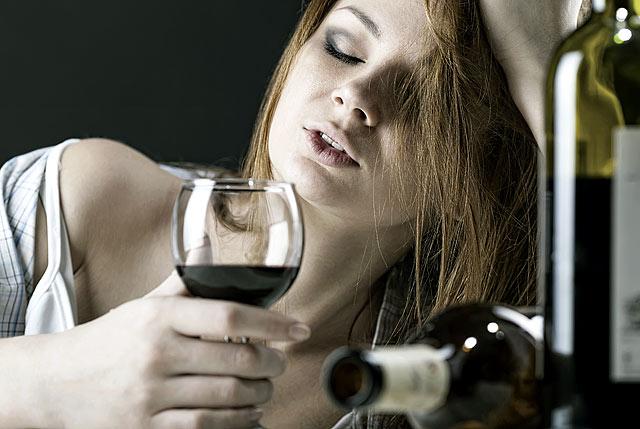 Как бросить пить алкоголь самостоятельно в домашних женщине
